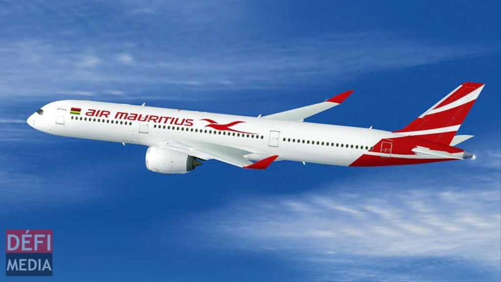 An Air Mauritius Boeing 787 Dreamliner in flight. Air Mauritius is one of the world airlines to file for bankruptcy due to Coronavirus disruptions in the airline Industry.