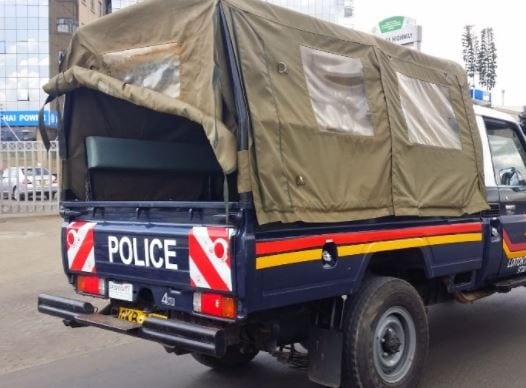 A Kenya Police cruiser. Police have arrested two political bloggers in Kenya for publishing reports about Fred Matiangi's covid-19 diagnosis.